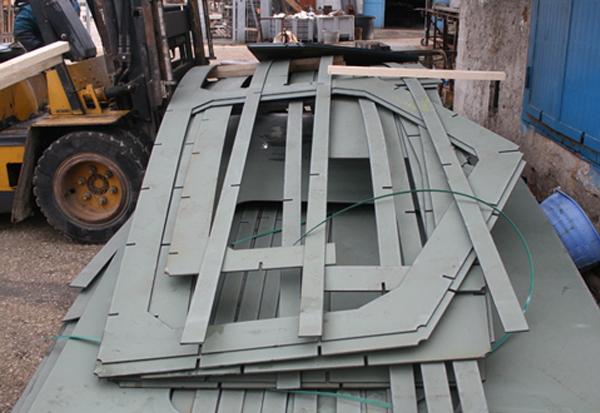 nesting-imbarcazione-ferro